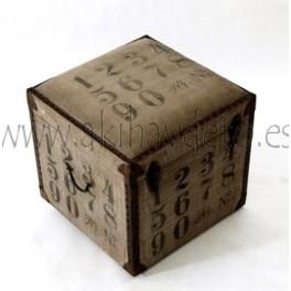 Baúl madera asiento antic números